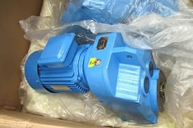 Motor: Variable frequency motor hard tooth surface reducer smooth operation small friction