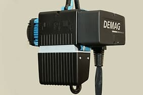 chain hoist:Hoist double speed low noise smooth operationand it can be matched with demag chain hoist